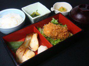 カニクリームコロッケと目鯛西京焼